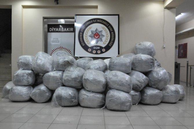 Diyarbakır'da Uyuşturucuya Darbe Üstüne Darbe
