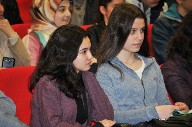 Üniversiteli Liseliler Projesi Kapanış Toplantısı