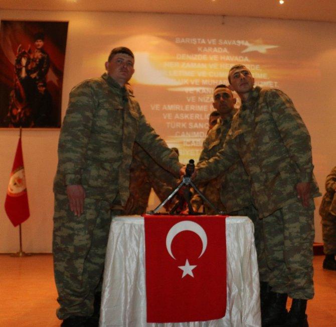 Sivas'ta 23 Sözleşmeli Er Yemin Etti