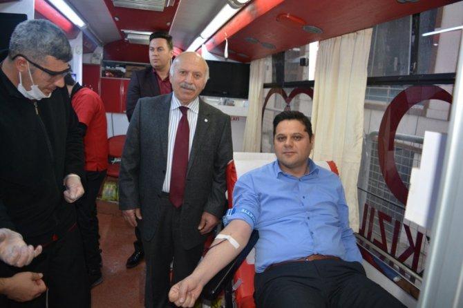 İpekyolu Belediyesi'nden Kan Bağışı