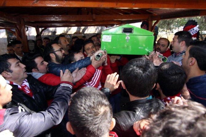 Antalyaspor Taraftarı Canıtez'e Son Yolculuğuna Uğurlandı