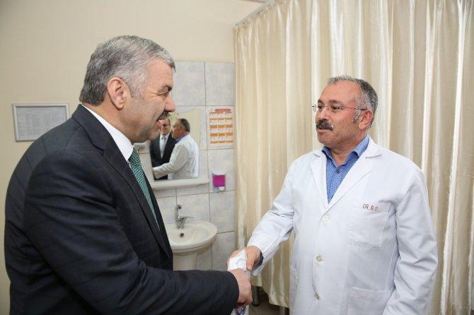 Başkan Çelik'ten Hastane Ziyareti