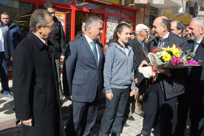 """Bakan Müezzinoğlu: """"Pkk Ve Onun Uzantısı Hdp Hayır Diyor"""""""