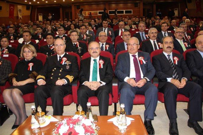 Çanakkale Kahramanları Mersin'de Törenle Anıldı