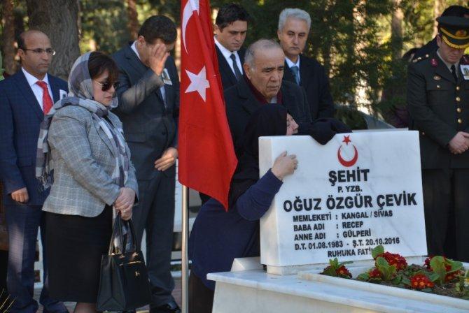 İzmir'in İlçelerinde Duygu Yüklü 18 Mart Törenleri