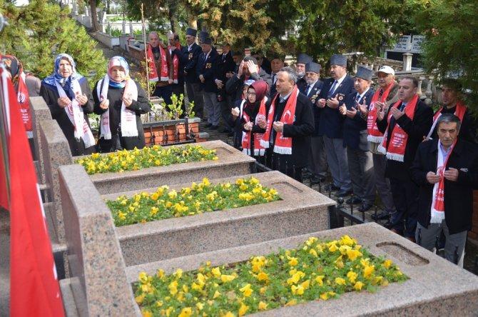 Şehit Öğretmen Etem Yaşar Meydanı Açıldı