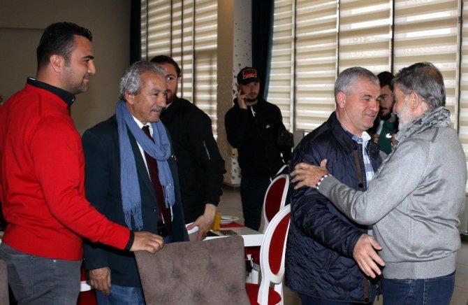 Yeşilçam Yıldızı Mekin, Antalyaspor'u Ziyaret Etti