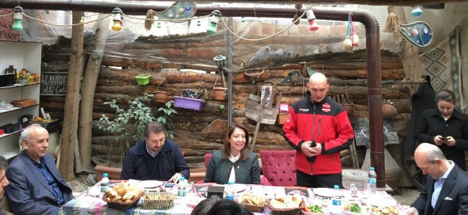 Milletvekili Günay, Dak Gönüllüleriyle Buluştu