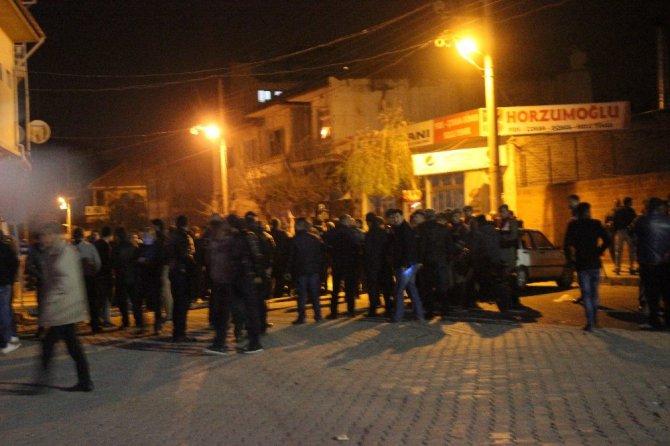 Denizli'de Suriyeliler İle İlçe Halkı Kavga Etti: 1 Yaralı