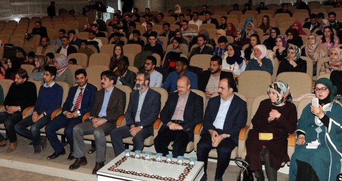 Farklı Ülkelerden Öğrenciler Kardeşlik Günü'nde Buluştu