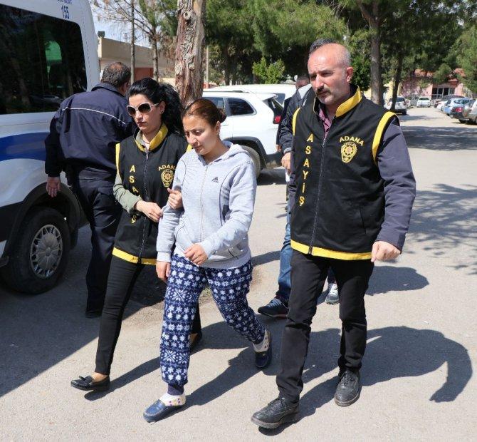 Bıçaklı Gasba Yardım Eden Kadın Yakalandı
