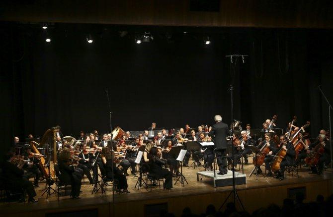 Devlet Senfoni Orkestrası Çanakkale Zaferi'nin Ruhunu Yaşattı