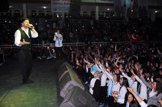 Ahmet Şafak Mersin'de Ülkücüleri Coşturdu