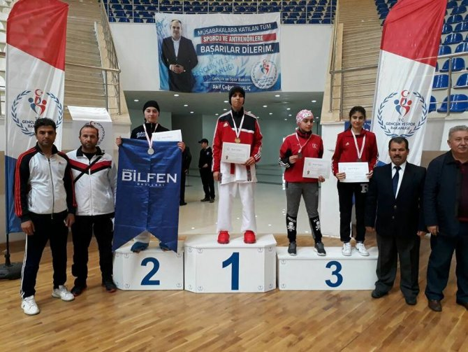 Bilfen'den 2 Branşta, 4 Madalya