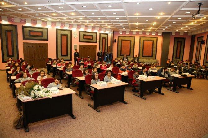 Öğrenciler Melikgazi Belediyesinin Çalışmalarını İnceledi