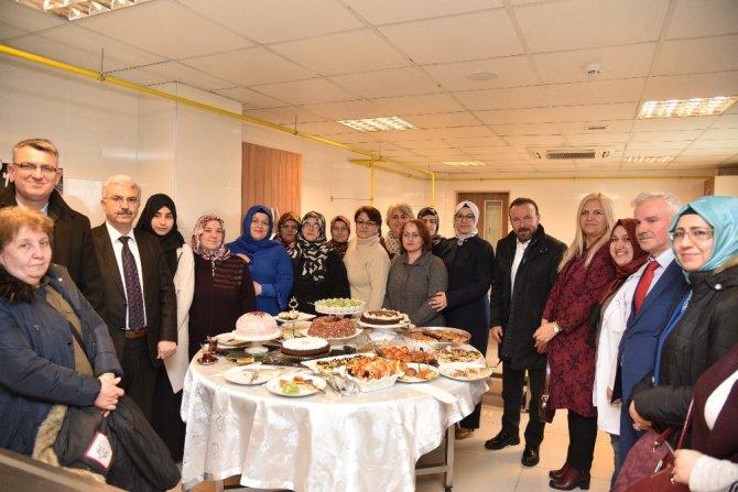 Başkan Doğan, Kadın Sosyal Yaşam Merkezini Ziyaret Etti