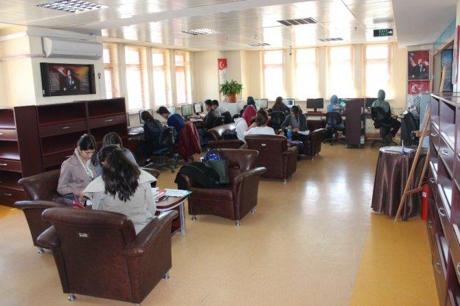 Kilis'te Kütüphanelerde 44 Bin 670 Kitap Bulunuyor