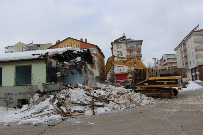 Seydişehir'de Eski Sağlık Meslek Lisesi Binasının Takas İşlemleri Başlatıldı