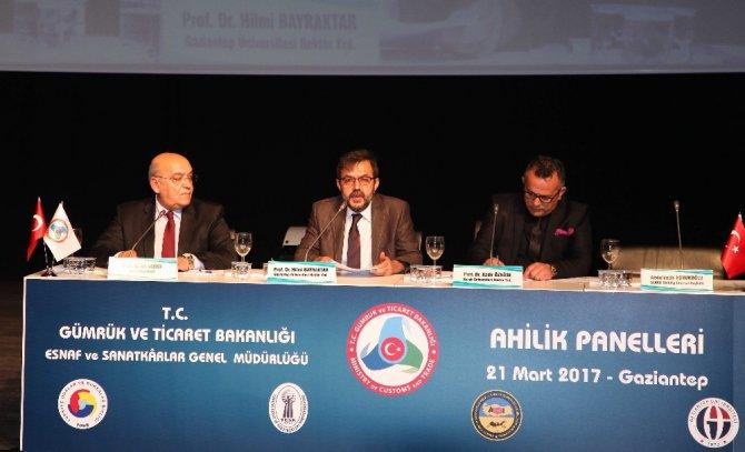 Ahilik Panellerinin İlki Gaziantep Üniversitesinde Düzenlendi