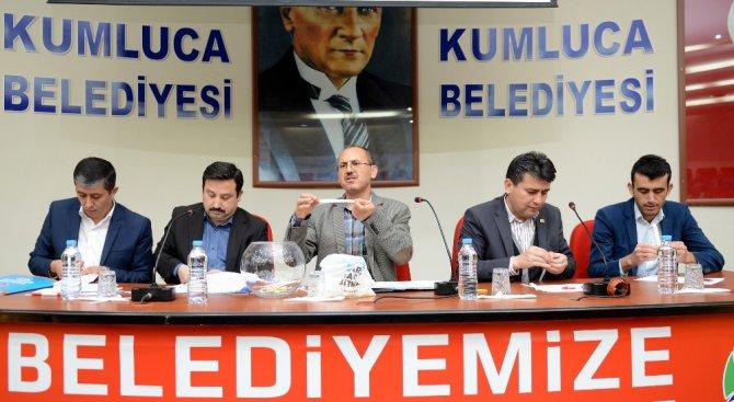 Kumluca Belediyesinde 6 Ay Çalışacak İşçiler İçin Kura Çekimi Yapıldı