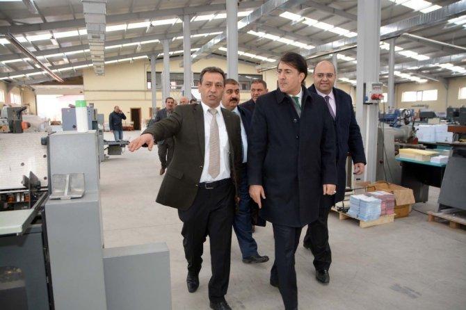Milletvekili İbrahim Aydemir, Zafer Ofset Baskı Tesislerini Gezdi