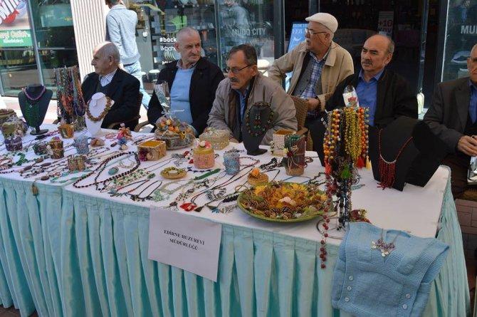 Edirne'de Huzurevi Sakinlerinin Sergisi Beğeni Topladı