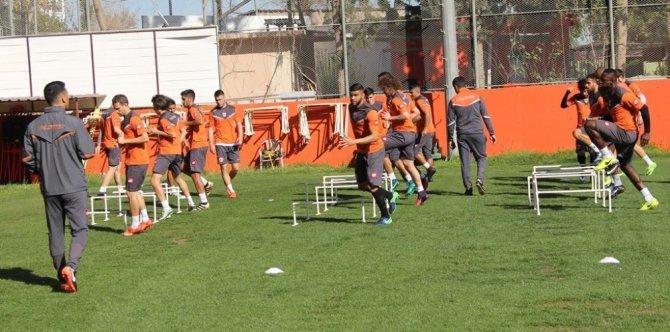 Adanaspor, Milli Takım Arasını İyi Değerlendirmek İstiyor