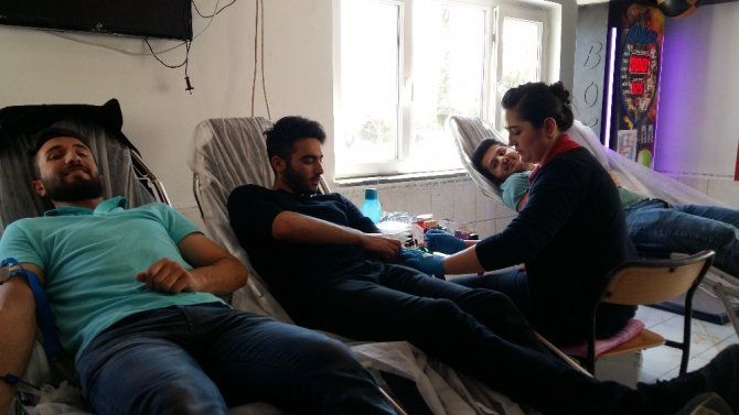 Elmalı Myo'dan Kan Bağışı