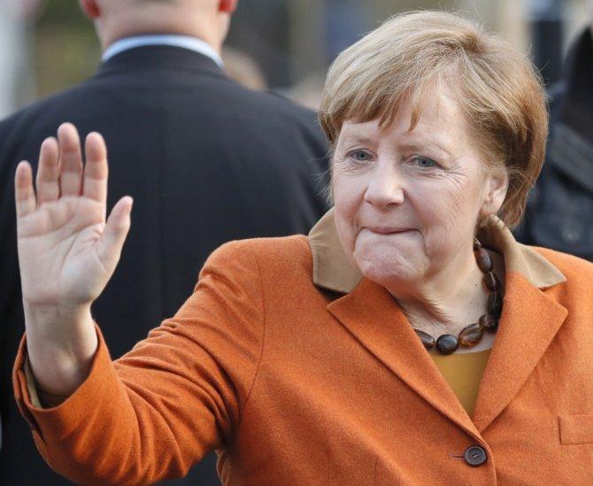 Filistin Devlet Başkanı Abbas, Merkel İle Görüşecek