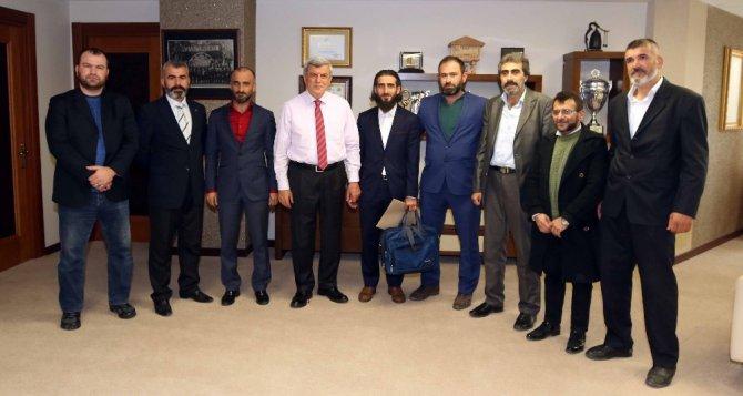 Tiyatro Ekibinden Başkan Karaosmanoğlu'na Ziyaret