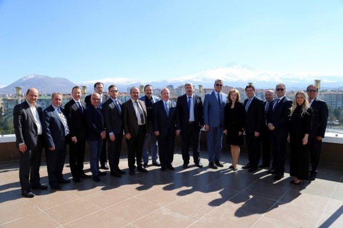 Slovakya Büyükelçisi Turenicova'dan Kayso'ya Ziyaret