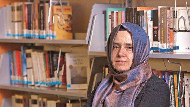 """Yazar Arzu Kadumi: """"Öykü, Hayata Açılan Bir Penceredir"""""""
