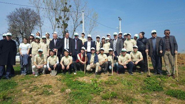Akçakoca'da Orman Haftasında Çok Sayıda Fidan Dikildi