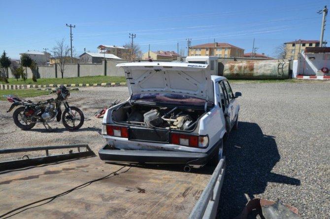 Bombalı Eylemlerde Kullanılacak 1 Otomobil, 4 Motosiklet Yakalandı