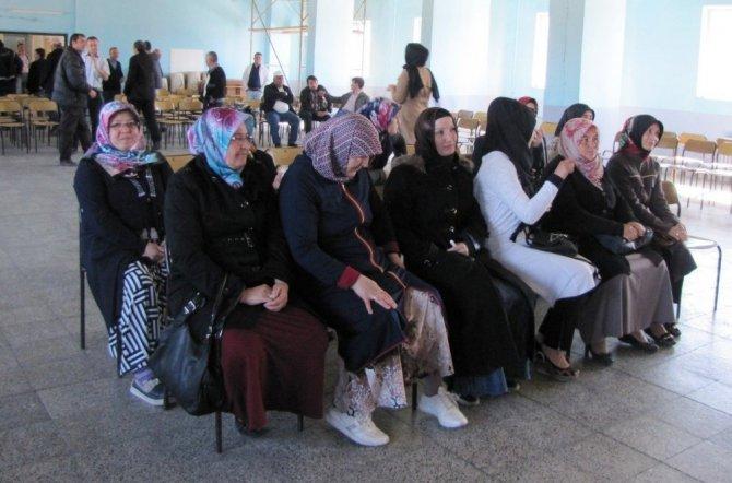 Hisarcık Belediyesinde Toplum Yararına Çalışacak 15 İşçi Kura İle Belirlendi