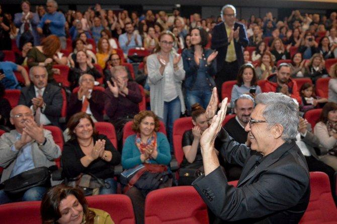Muratpaşa Belediyesi'nden Zülfü Livaneli'ye Onur Ödülü