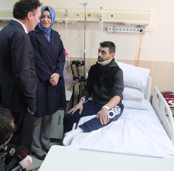 Aile Bakanı Kaya, Hollanda Polisinin Köpekle Saldırdığı Hüseyin Kurt'u Hastanede Ziyaret Etti