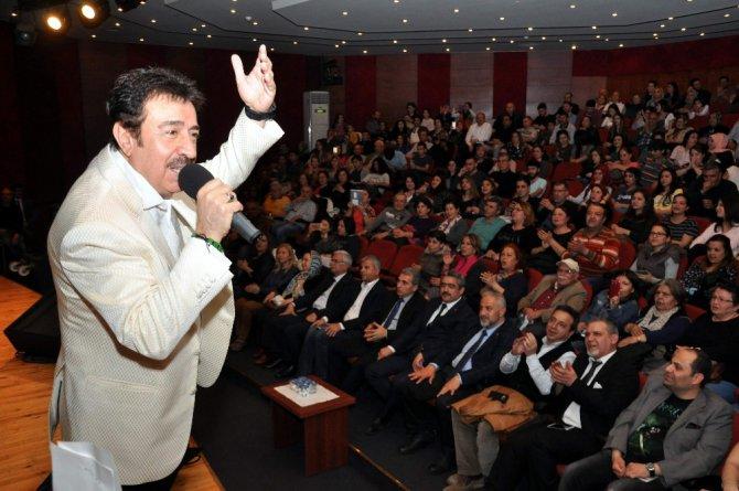Ahmet Selçuk İlkan Gönülleri Fethetti
