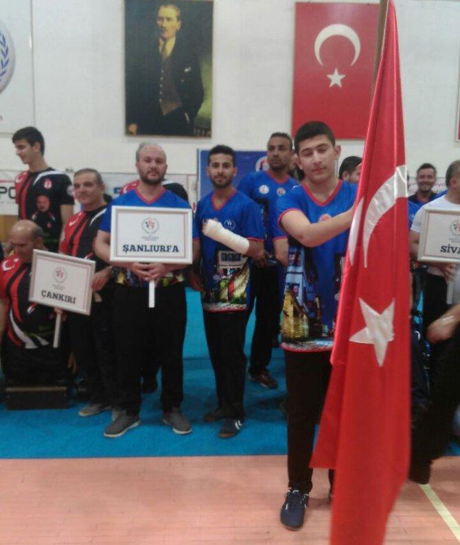 Bilek Güreşinde Şanlıurfalı Sporcu, Türkiye Şampiyonu Oldu