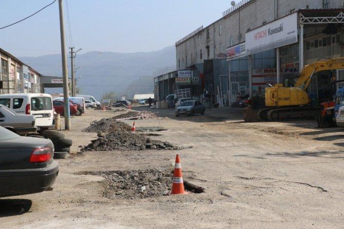 Kdz. Ereğli'de Sanayi Esnafı Asfalt İstiyor