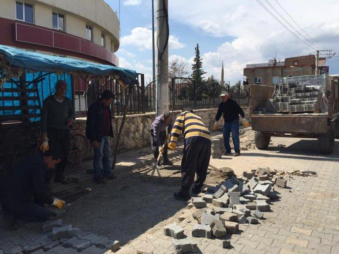 Kahta Belediyesi Bozulan Yollarda Onarım Çalışmalarına Başladı