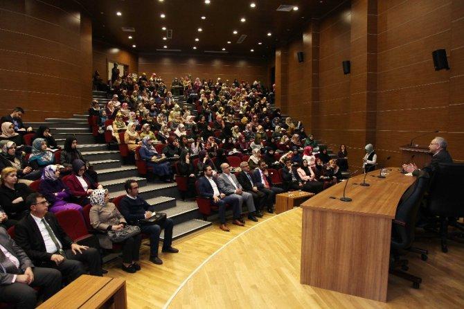 Gaün'de Cumhuriyet Türkiyesi'nde Bir Mesele Olarak İslam Konferansı