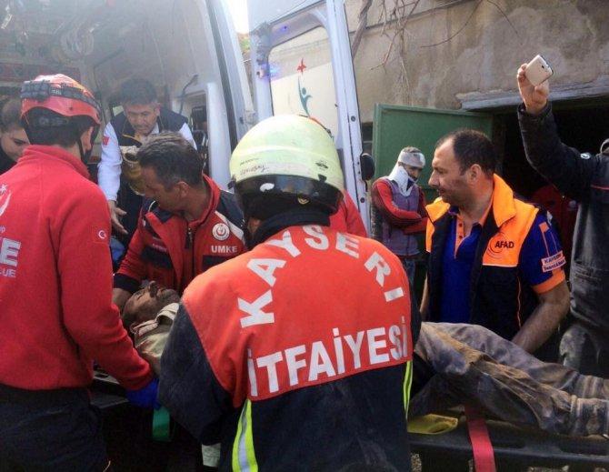 Kayseri'de İki Katlı Evde Göçük: 1 Ölü