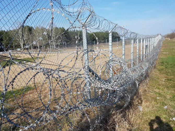 Macaristan'da Mültecilerin Serbestçe Dolaşımı Yasaklandı
