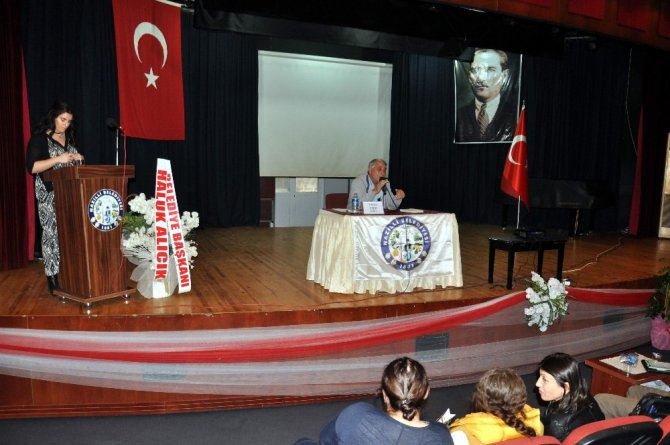 """Oruç; """"Efelik Umur Bey İle Başlar Atatürk İle Son Bulur"""""""