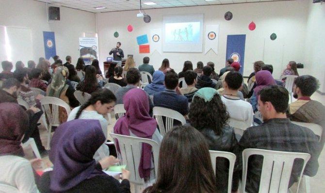 Van'da 'Çocuklara Doğru Yaklaşım' Konulu Seminer