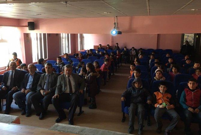 Adilcevaz'da Öğrencilere Trafik Eğitim