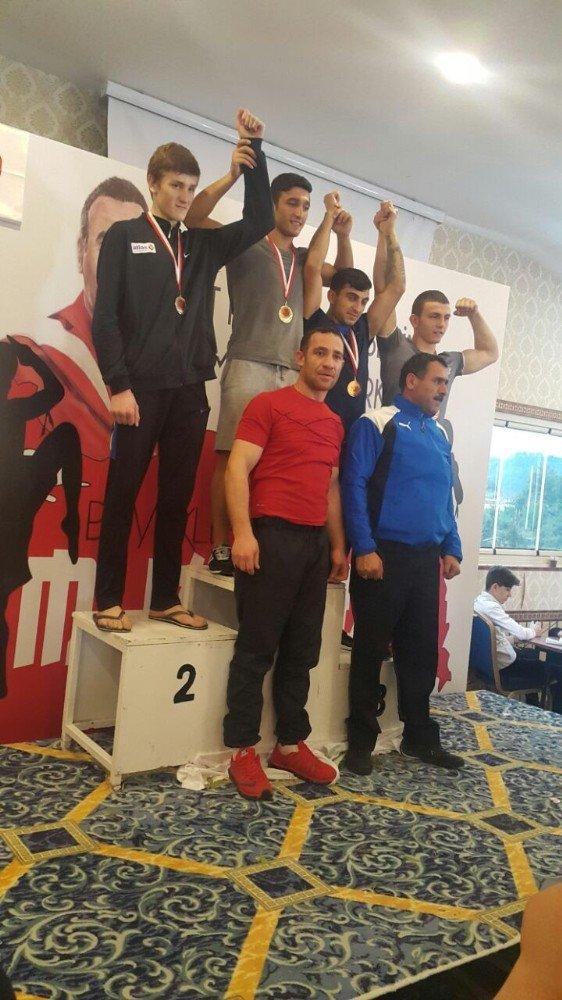 Muay Thai Türkiye Şampiyonu Mevlana Acar Altuntaş Oldu