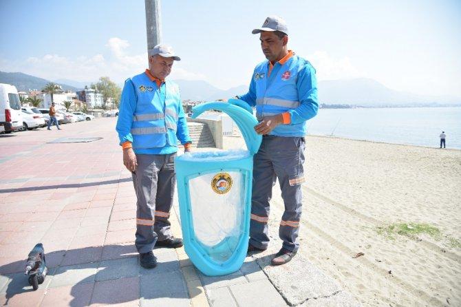 Alanya Belediyesi'nden Şeffaf Çöp Kovaları