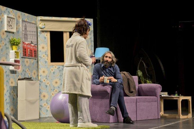 Tiyatro Festivalinde Komedi Fırtınası